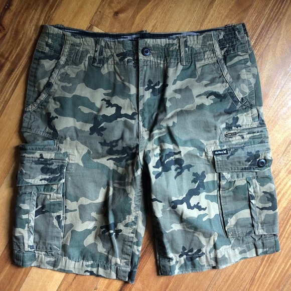 Hurley Other - Hurley camo cargo shorts